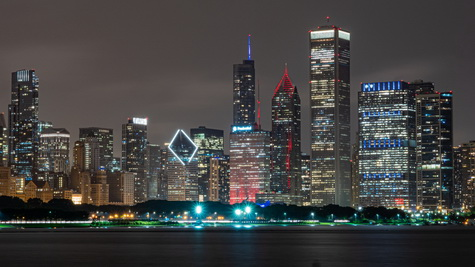 skyline-chicago-night-x475w